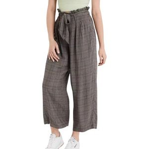 American Eagle High-Waisted Paperbag Plaid Pant S